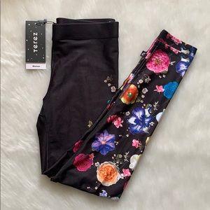 ‼️RESTOCKED‼️Terez Floral Leggings Size Medium NWT